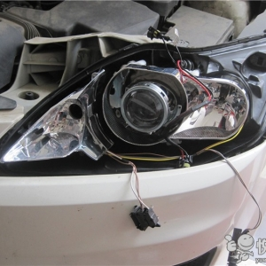 洋县汽车大灯改装 洋县经典福克斯改装汽车大灯双光透镜