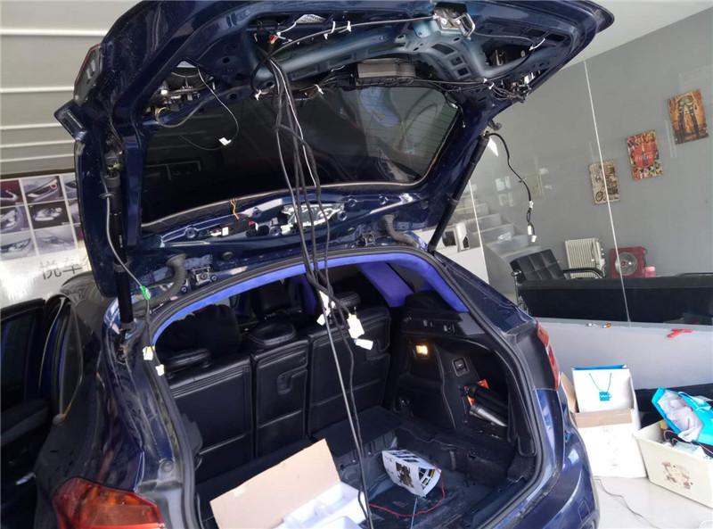 汉中宝马2系改装舒适进入,升级电动尾门